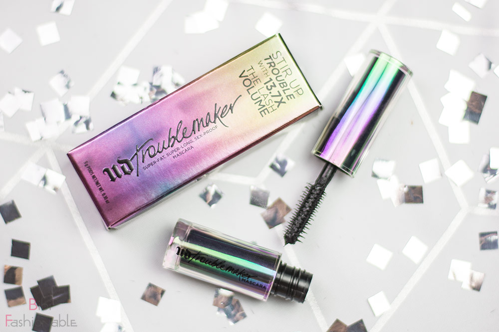 Urban Decay Troublemaker Mascara Travelsize Flatlay