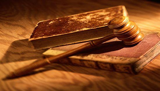 مقال مميز عن معاناة المحامى
