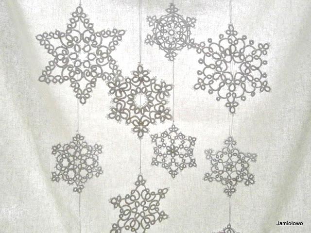 frywolitkowe snieżynki o różnych kształtach