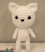 http://www.walaly.com/patron-amigurumi-gratis-gato-blanco/
