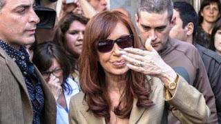 Cristina Kirchner, ayer, tras la audiencia de mediación fallida con Jorge Lanata