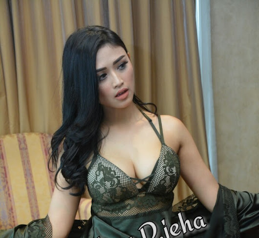 Galeri Foto Foto Hot Popular Magazine Terbaru