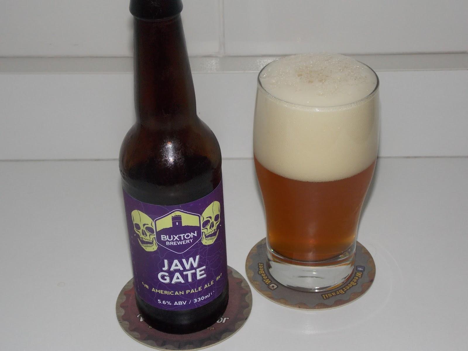 a2d8fed12 Jaw Gate é uma autêntica e dourada American Pale Ale. Com utilização  abundante dos lúpulos americanos Amarillo