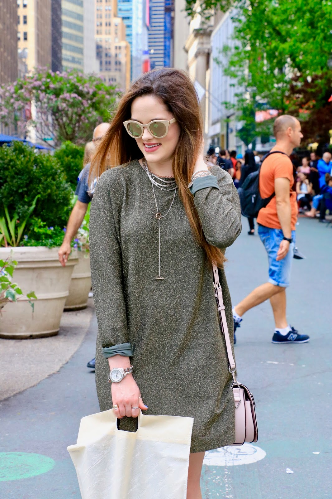 Fashion blogger Kathleen Harper NYC spring street style