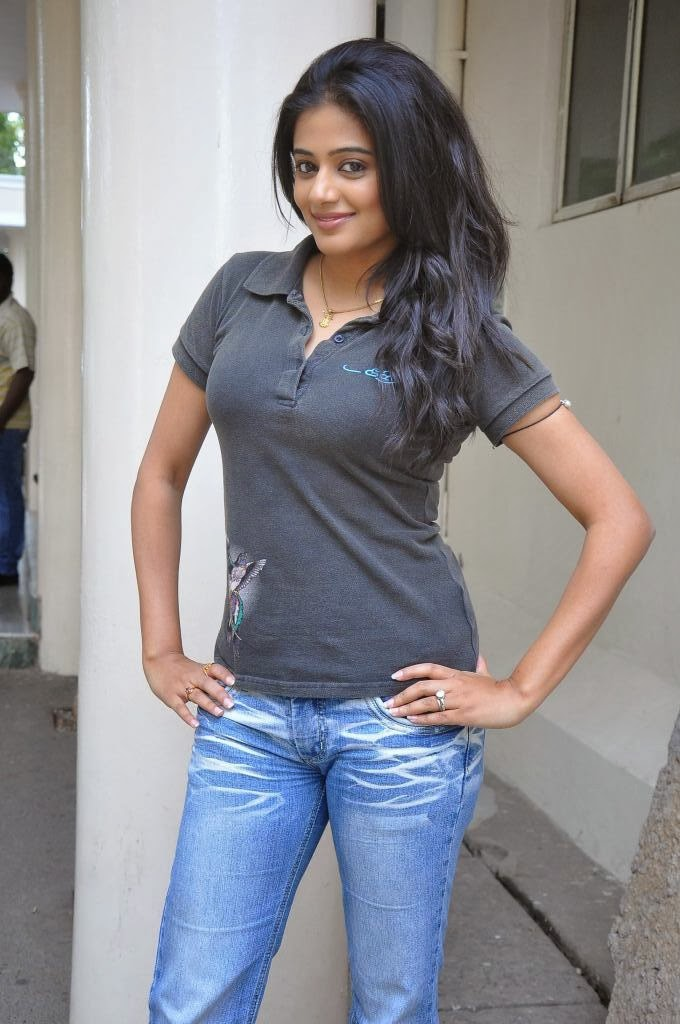 Hot Priyamani photos in jeans at chandi movie press meet