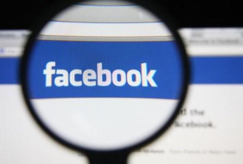 Facebook Photos Search