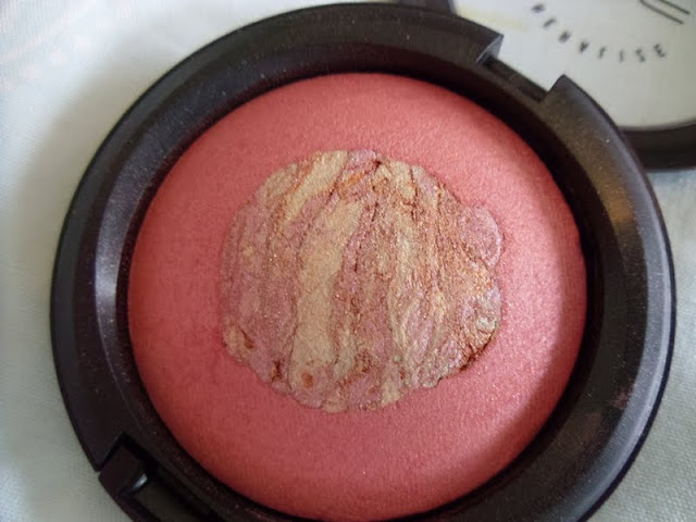 Mac Rose Quartz Mineralized Skinfinish