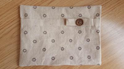 Reversible bag with pocket - tutorial & pattern