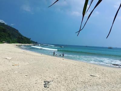 Tempat wisata keluarga Tanjung Lesung