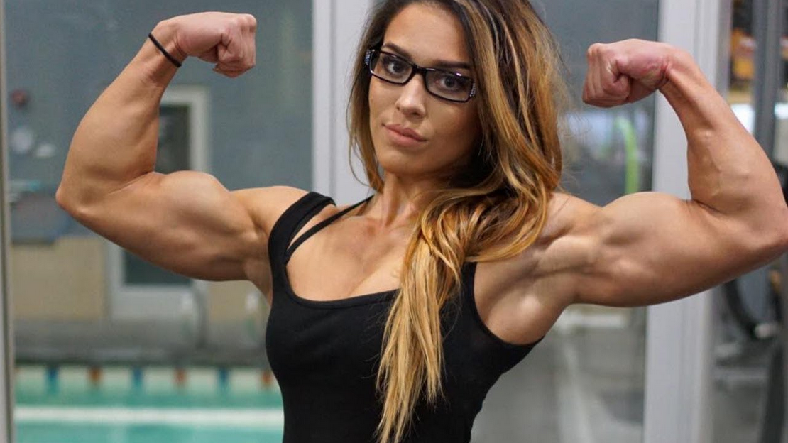 Clip Female Bodybuilder in beast mode, Fitness Training