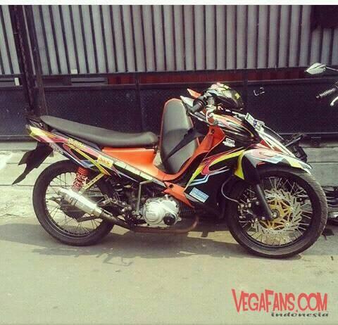 Modifikasi Vega ZR Road Race Warna Hitam