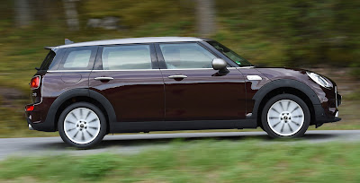 all new 2016 MINI Clubman side look image
