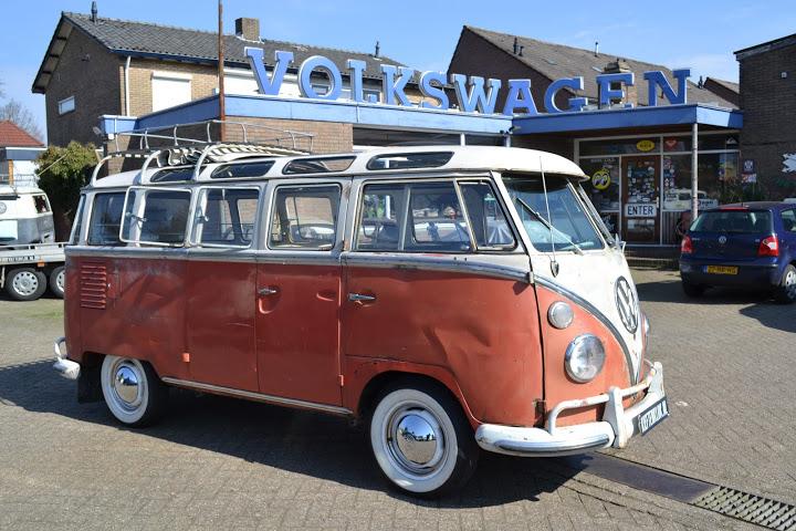 23 Window Deluxe Samba for Sale | vw bus wagon