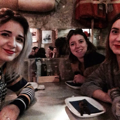 street rues portugal lisboa lisbon color tag art holidays vacances trip selfie