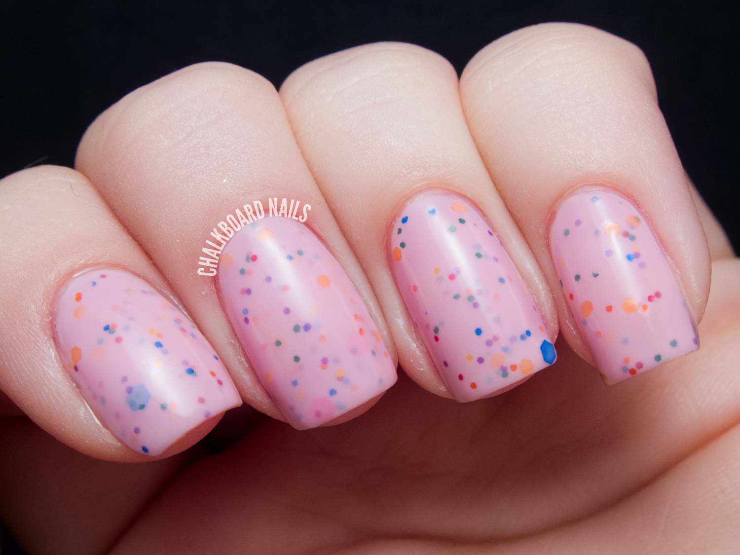 Chalkboard Nails: Starrily Strawberry Donut