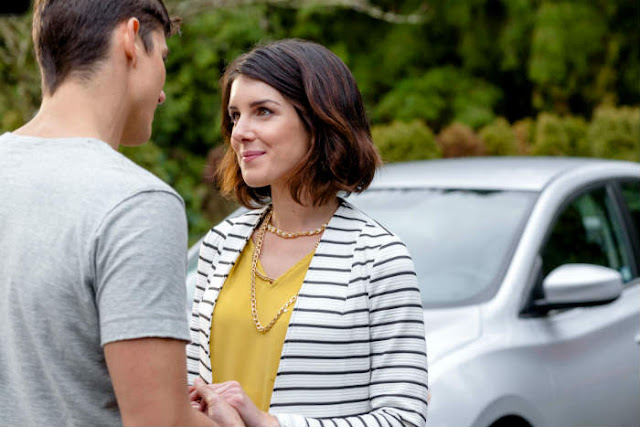 'White Hot': A Gripping Hallmark Mystery Set in the South. A 2016 review of the film with Sean Faris and Shenae Grimes-Beech