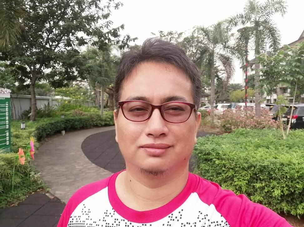 Huawei Y9 2019 Front Camera Sample - Selfie