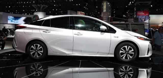 2018 Toyota Prius Prime Exterior