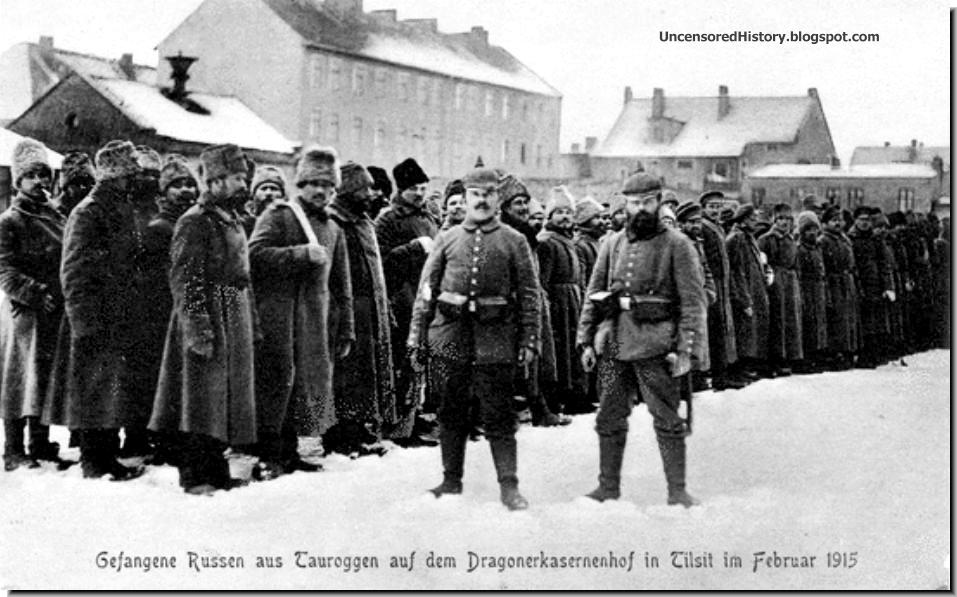 Russian POW in Tilsit with two burly German guards WW1