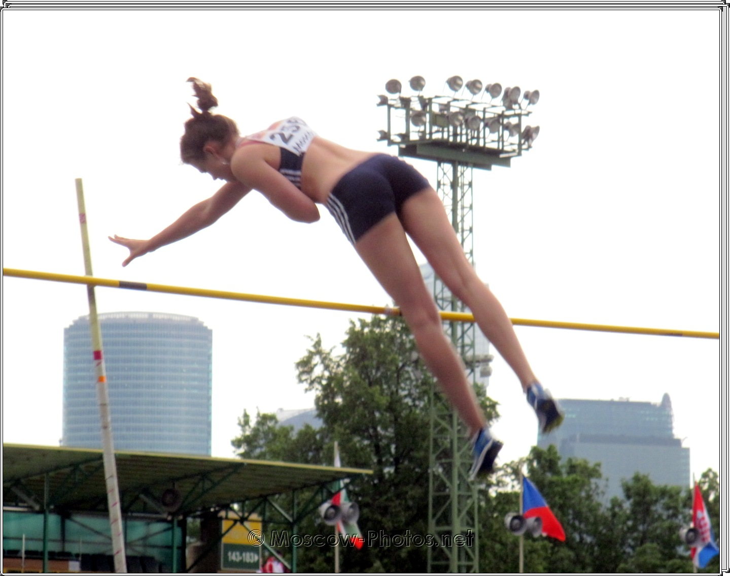 Pole-jump at European Youth Olympic Trials