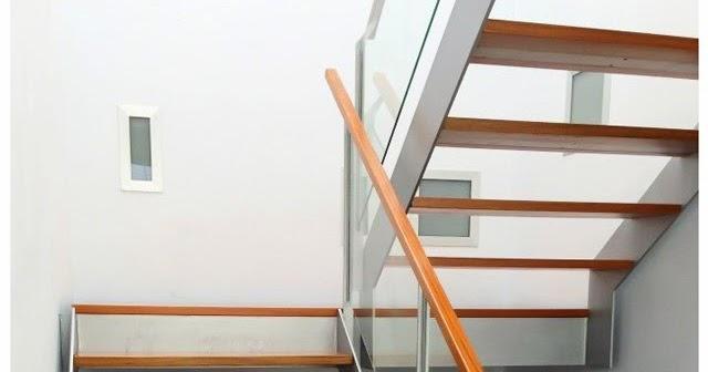 Acero inoxidable tenerife escaleras met licas de interior for Escaleras 5 tramos