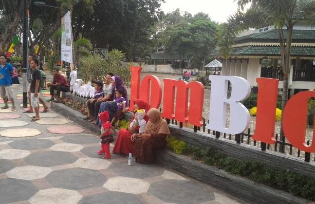 taman jomblo | wisata Jambi | wonderful Indonesia