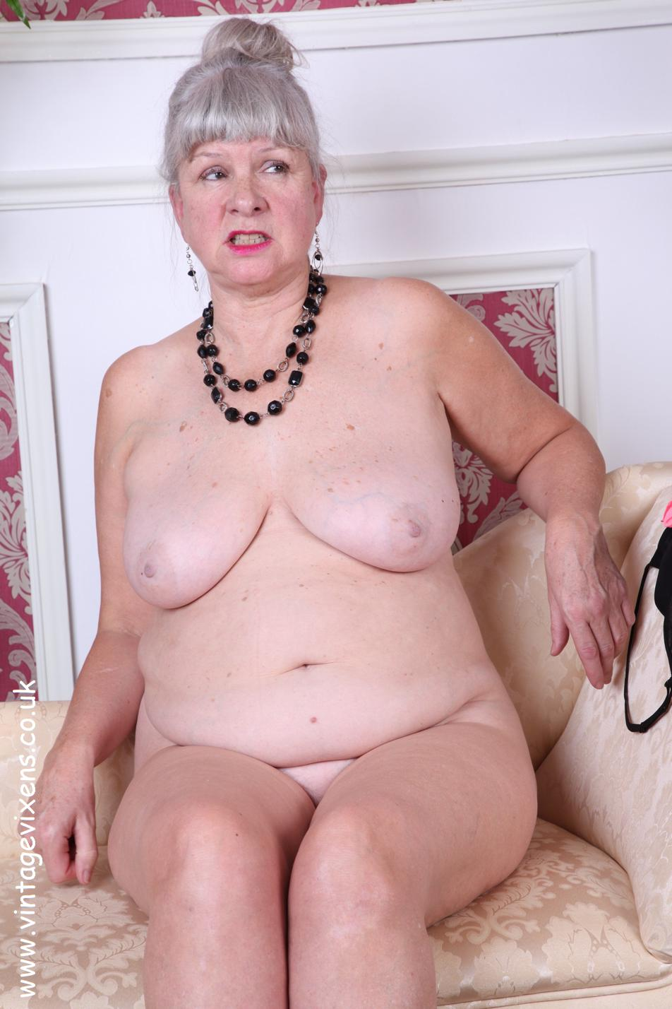 Archive Of Old Women Grannies New Photosets-2339