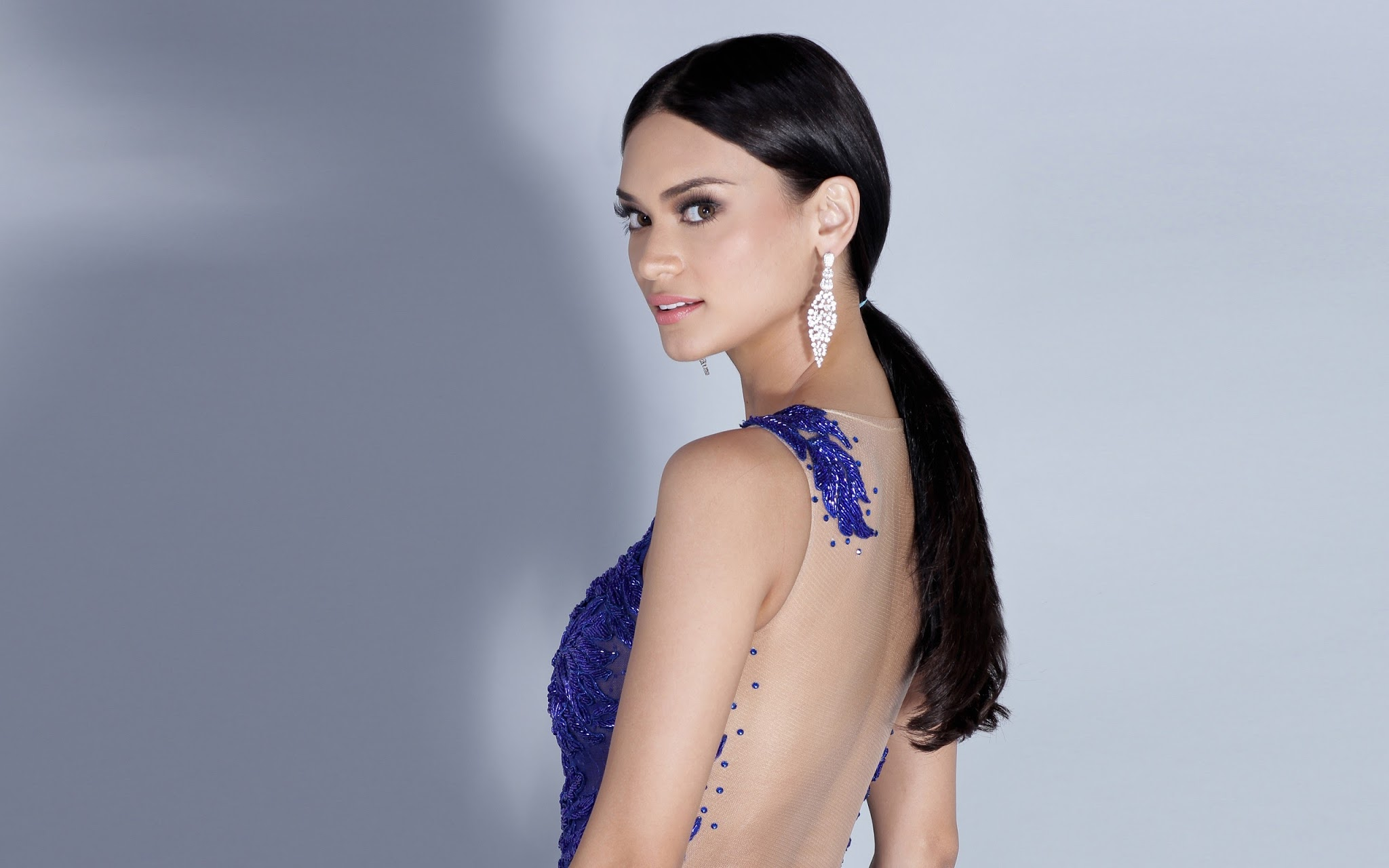A TRIBUTE TO PIA WURTZBACH - MISS UNIVERSE 2015 - YouTube