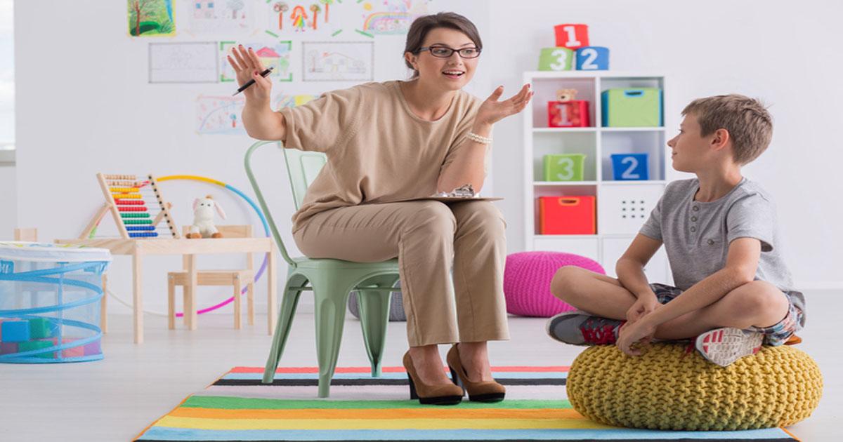 Tâm sự của người mẹ có con tự kỷ - Có nên giấu?