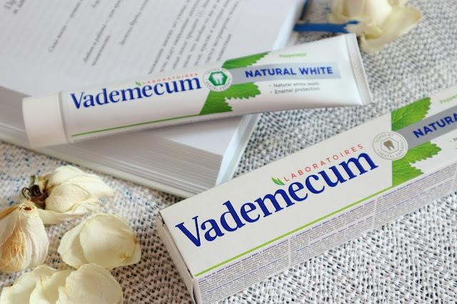 відбілююча зубна паста VADEMECUM Natural White