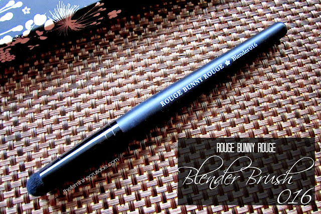 Rouge Bunny Rouge Blender Brush 016