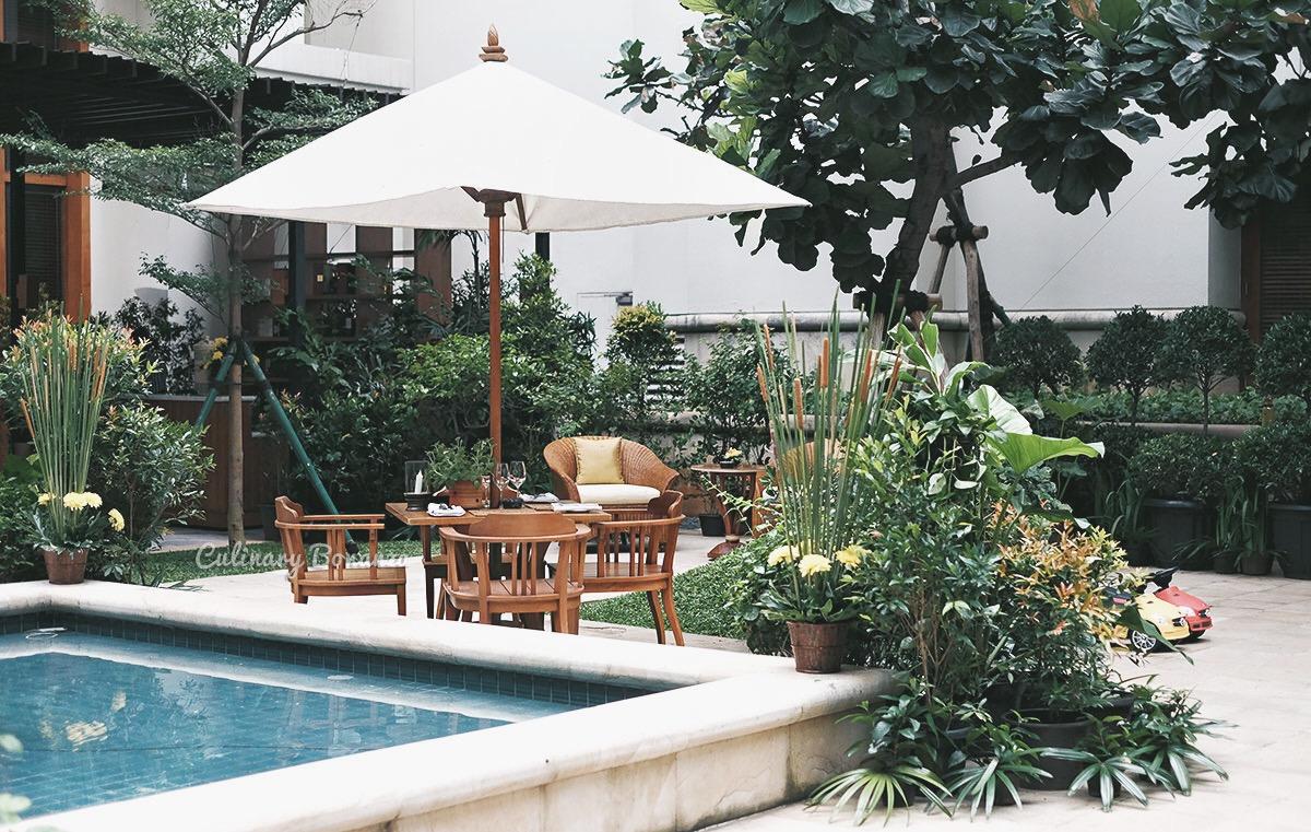 Jakarta Restaurant and Courtyard, The Dharmawangsa Jakarta (www.culinarybonanza.com)