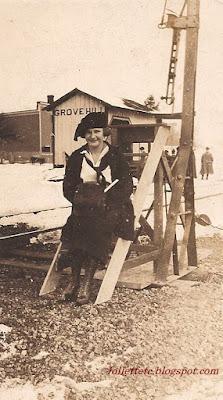 Unknown woman at Grove Hill, VA https://jollettetc.blogspot.com