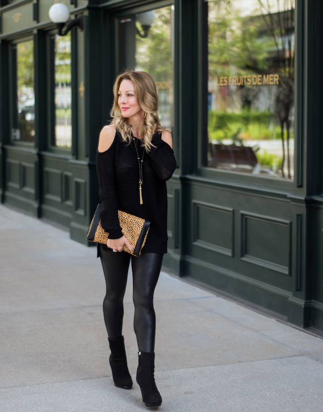 ac6aa8568cd2b So, what do you wear with faux leather leggings? Great question. Anything  you'd wear with regular leggings! I'm team #coverthebum so I want a top  that's ...