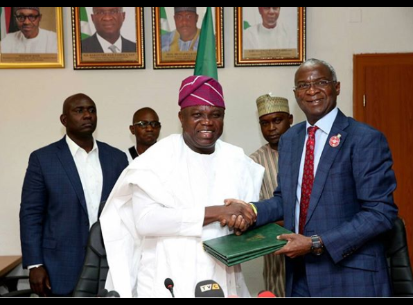 Gov Ambode And Fashola At The Handing-Over Of Presidential Lodge, Marina (PICS)