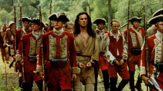 Daniel Day-Lewis as Hawkeye, and British soldiers