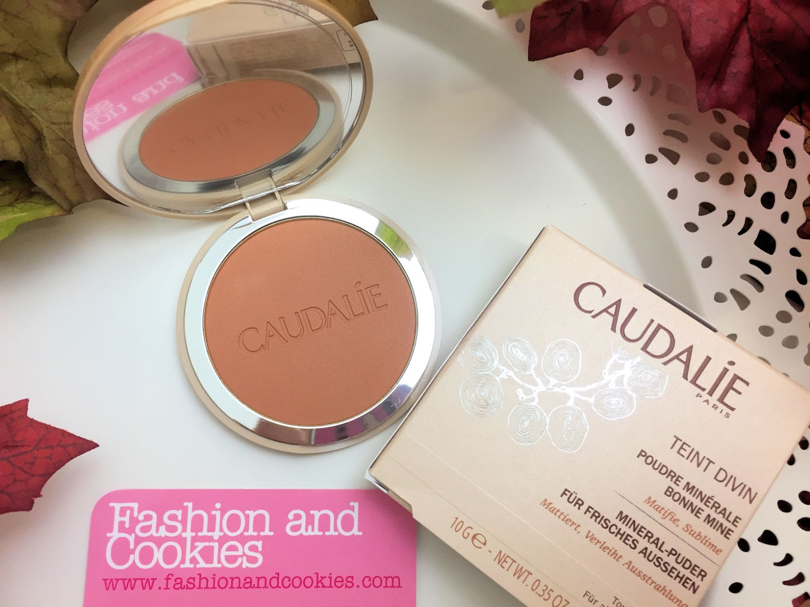 Come mantenere un colorito sano tutto l'anno? Review Caudalie Poudre Minérale Bonne Mine su Fashion and Cookies beauty blog, beauty blogger