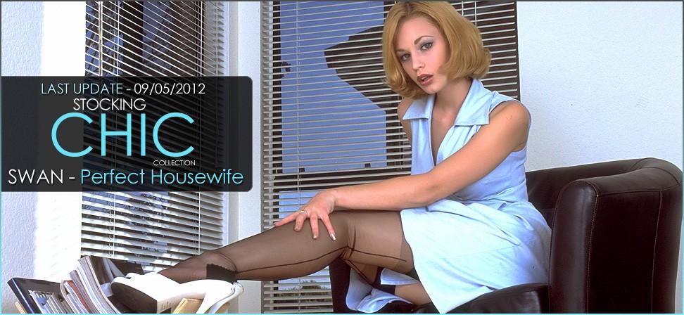 Gqjeath-Takerq 2012-05-09 Swan - Perfect Housewife 04210