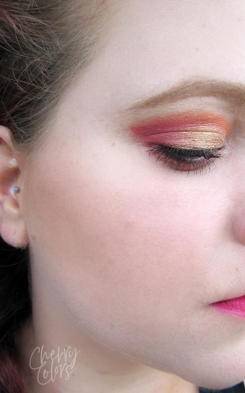 bold summer makeup