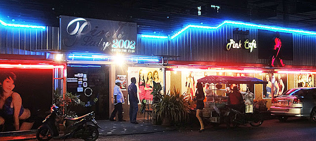 Pink Lady Cafe in Phuket Town