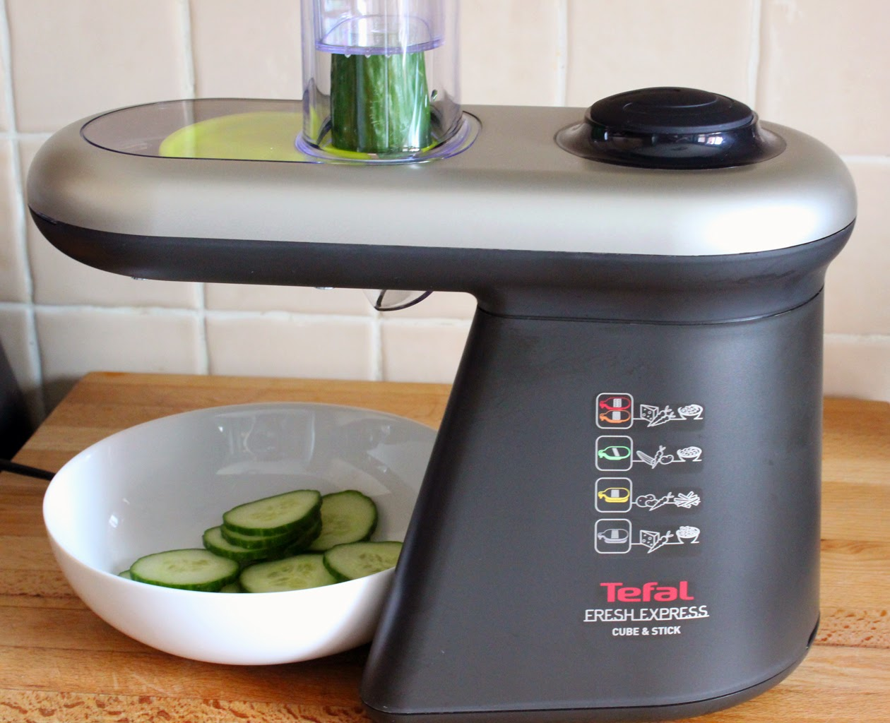 Tefal Fresh Express Cube and Stick slicing cucumber