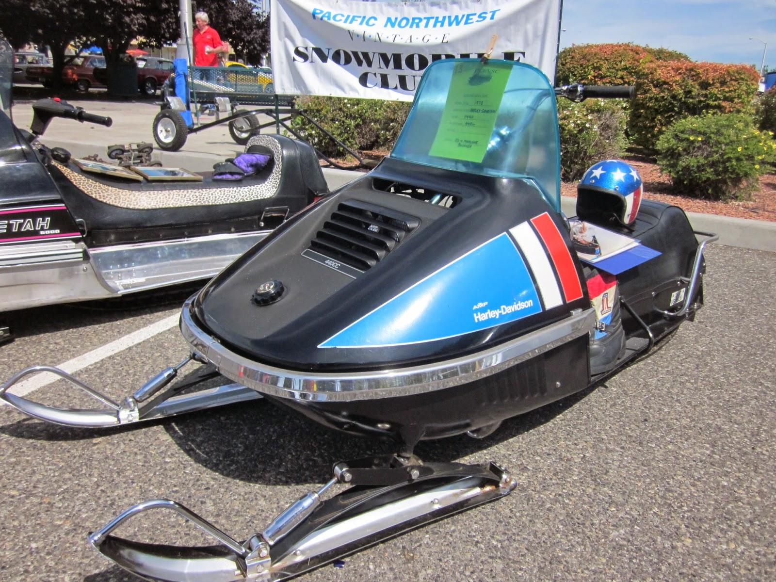 oldmotodude: 1973 harley-davidson y440 snowmobile on display at