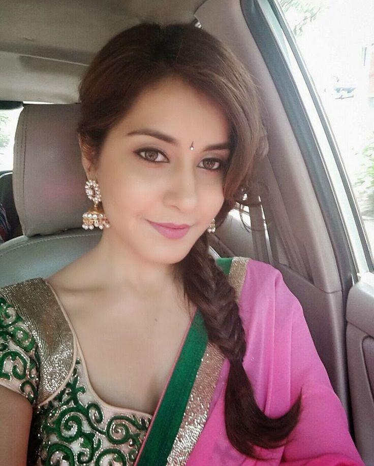 e327844b3a409e9e2bc3ca0234cd3298 - Rashi Khanna Sexiest Cleavage Pictures Collection-Hot HD Photos