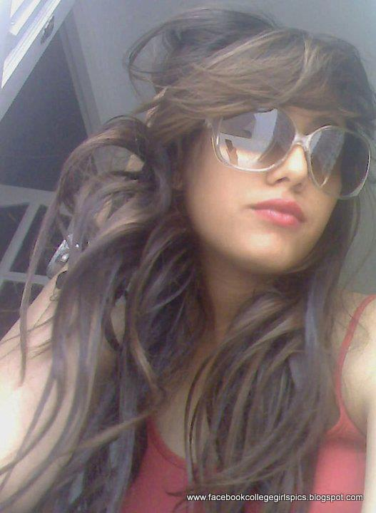 Hot Facebook Girls Profile Pictures 30 Pics - Facebook -4188