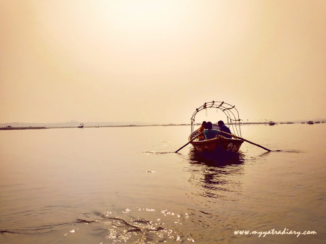 Canoe on a river in Allahabad