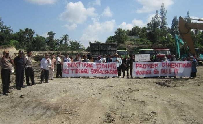 Humas Polres Bantul: PROYEK PEMBNGUNAN PERUMAHAN DI BANDOT ...