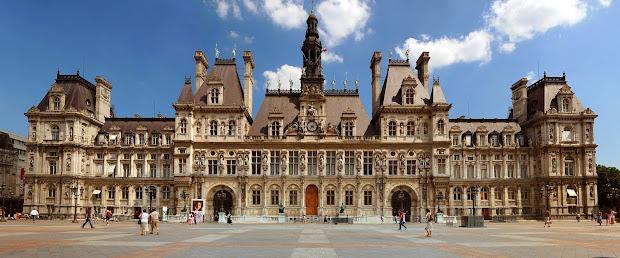 Postcards Paris City Hall