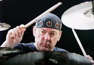 O baterista canadense Neil Peart, durante show do Rush em Las Vegas em maio de 2008 — Foto: Ethan Miller/Getty Images via AFP