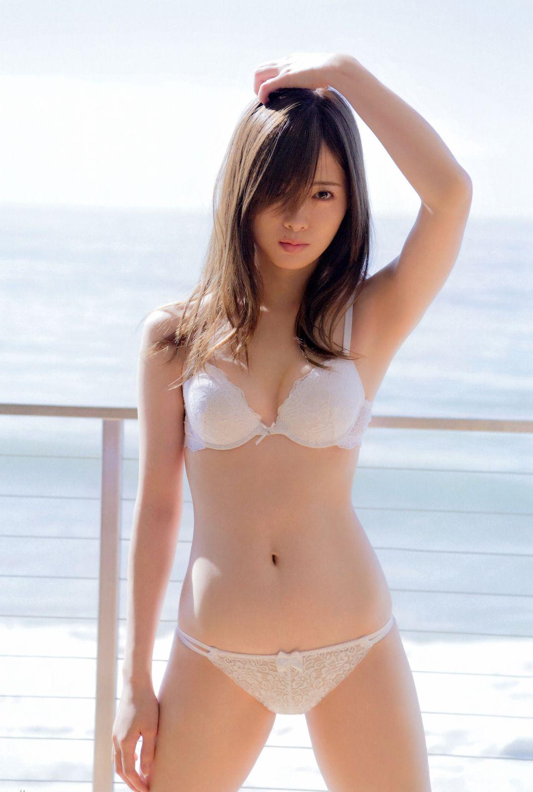 Nao Kanzaki and a few friends: Nogizaka46: Mai Shiraishi ...