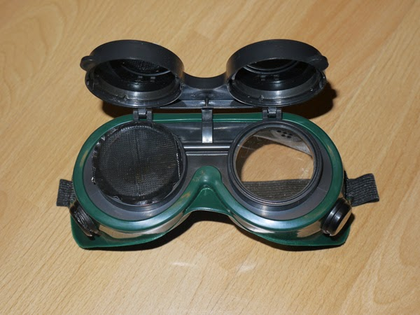 fadenwelten diy steampunk goggles. Black Bedroom Furniture Sets. Home Design Ideas